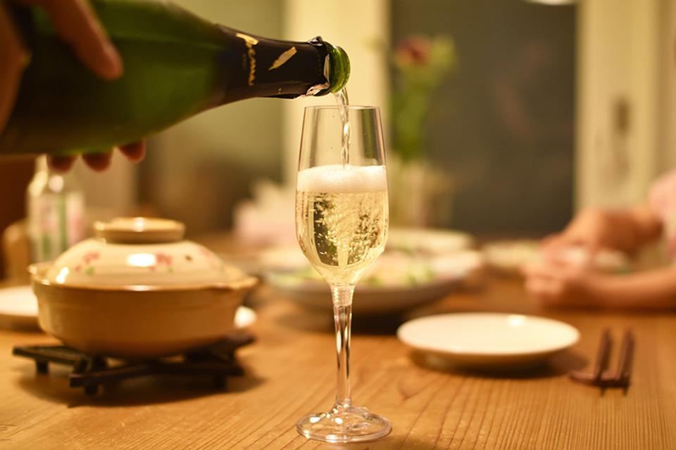 アウトドアのお酒を美味しく!GSIのシャンパングラスを買ってみたレビュー。